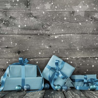 How to Christmas Shop on a Budget